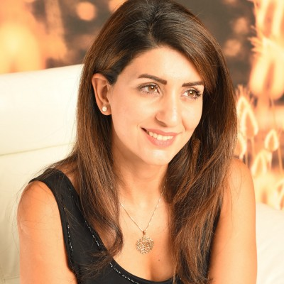 A photo of Anahita Mahmoudi